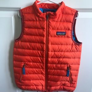 Patagonia kids 5T puffer vest.
